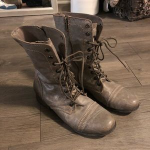 Steve Madden Troopa Combat Boot in Grey